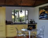 11-hawaiian-romantic-new_kitchen2