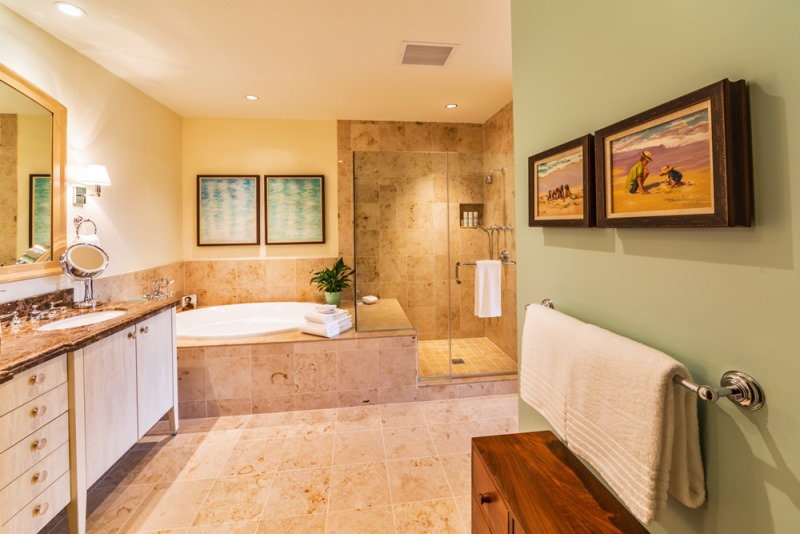 15-wailea-seashore-k507_master-bath_small