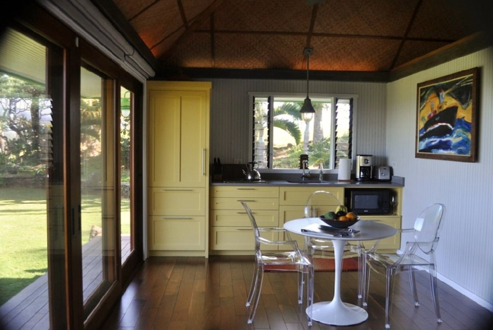16-hawaiian-romantic-new_kitchen
