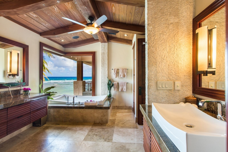 19-6-banyan-estate_master-bath2-800x533