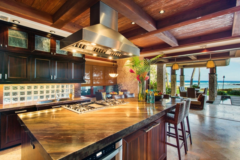 9-1-banyan-estate_kitchen-800x533