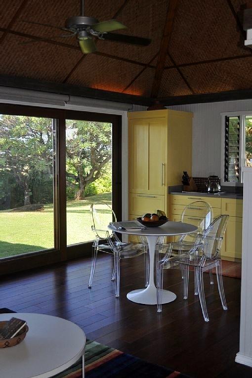 hawaiian-romantic-new_kitchen3