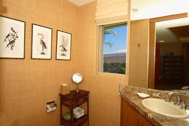 20-fairways-north-1_guest-suite-2-bath