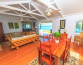 12-lanikai-oceanfront-bungalow_living-kitchen