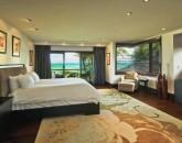 13-royal-beach-estate-master-bedroom-640x425