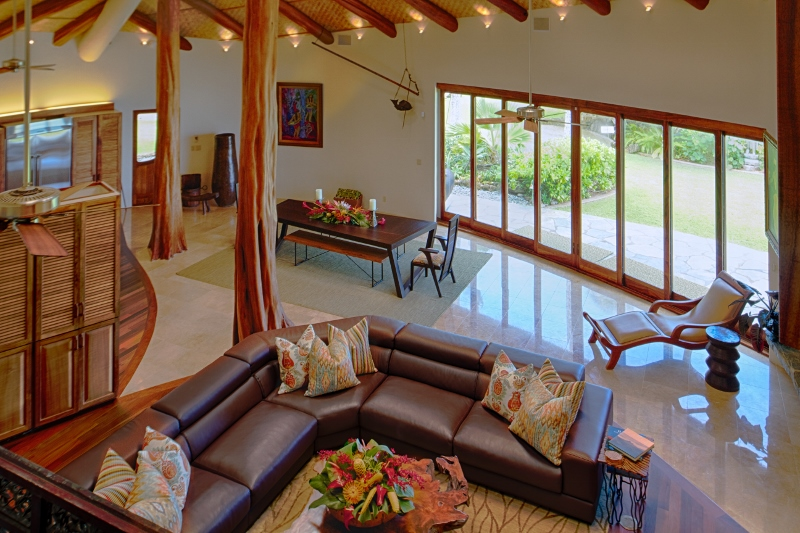 13-paul_mitchell_estate-7-great-room-from-upper-level-800x533