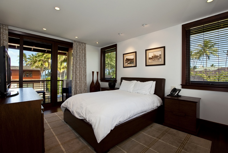 19-royal-beach-estate-bedroom4-800x537