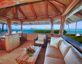 19-paul_mitchell_estate-23-open-air-lounge-or-crows-nest-on-upper-level-of-boat-house-800x533