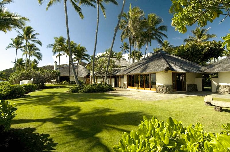 2-paul_mitchell_estate-52-expansive-ocean-lawn-800x531