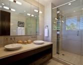 20-royal-beach-estate-bath4-800x539