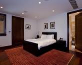21-royal-beach-estate-bedroom5-800x537