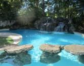 3-img_0400-pool_small
