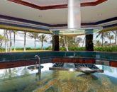 31-luxury-kailua-estate_kitchen2-800x531