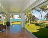 39-luxury-kailua-estate_bedroom4-master-lanai-800x531