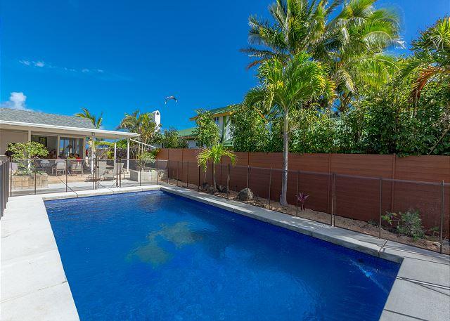 4-lanikai-oceanfront-bungalow_pool1
