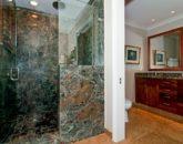 46-luxury-kailua-estate_bath5-800x531