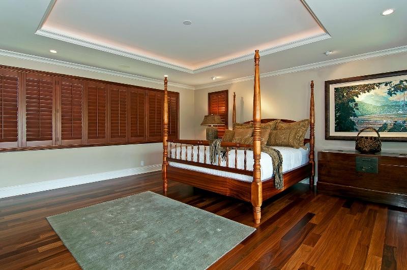53-luxury-kailua-estate_bedroom3-800x531