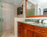 55-luxury-kailua-estate_bath3-800x531