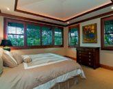 64-luxury-kailua-estate_guest-house-bedroom1-800x531