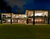 7-luxury-kailua-estate_exterior-night-800x531