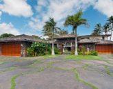 8-luxury-kailua-estate_exterior1-800x531