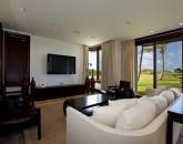 9-royal-beach-estate-family-800x538