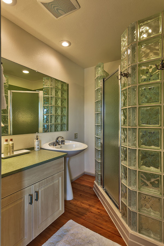 guest-room-2-bath