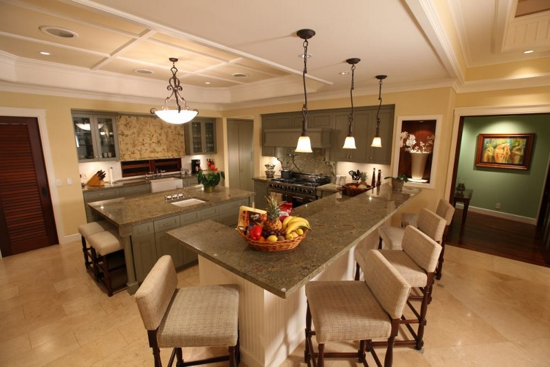 obama-winter-white-house-kitchen-at-paradise-800x534