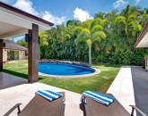 Waialae Beach Villa