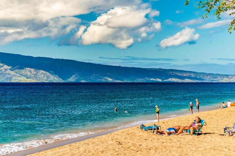 10-8-kai-ala-estate_beach-800x532