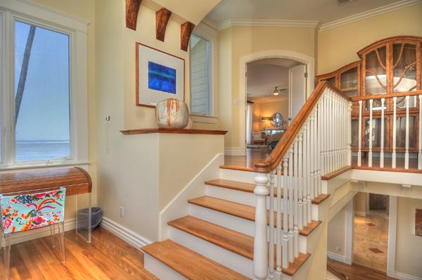11-azureoceanfront_stairs