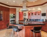 11-bellaluna_kitchen3-800x534