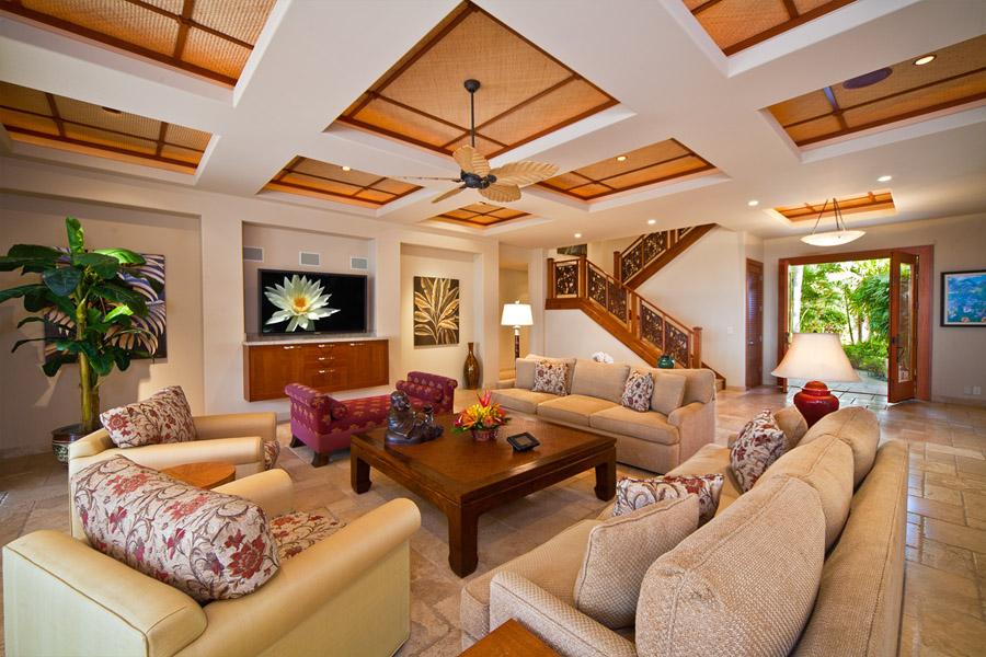 12-1-sapphireseas_livingroom