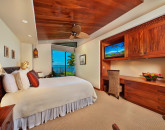 15-waileasunsetestate19_guest-room-queen