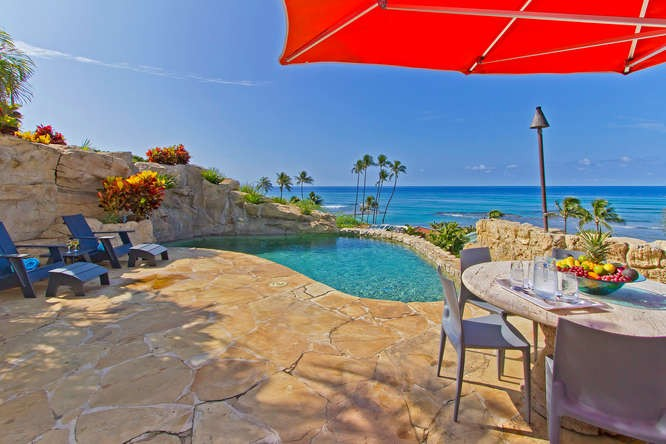 2-oceanvista_pool-deck