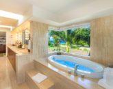 20-kai-ala-estate_master-bath3-800x485