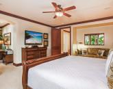 23-baliha_bedroom-2-king-and-office3
