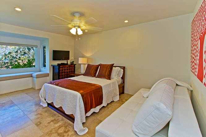 23-oceanvista_bedroom3-full-and-twin-sofa
