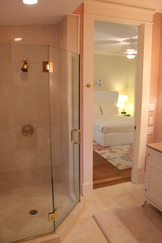29-azureoceanfront_2ndbedroombathroom