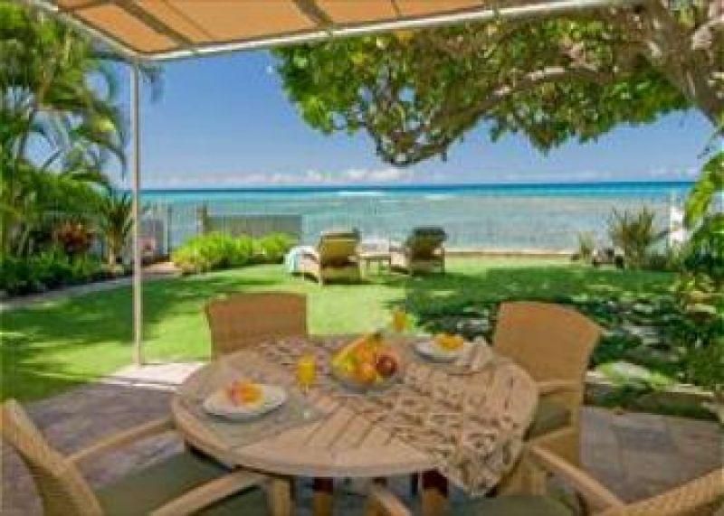 3-diamondheadseaside_ocean-view-patio