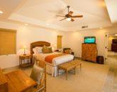 34-kai-ala-estate_bedroom6-800x492