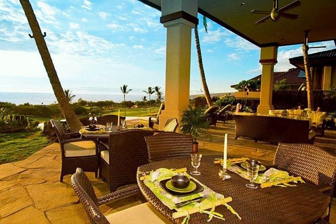 5-high-bluffs_lanai-dining-660x440