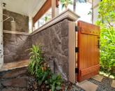 5-1-balihai_bedroom-2-outdoor-shower
