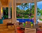 7-azureoceanfront_outdoor-dining