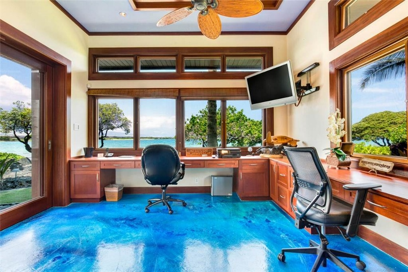 blue-ocean_office-800x533