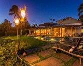 fairways-south-15_exterior-night-tiki
