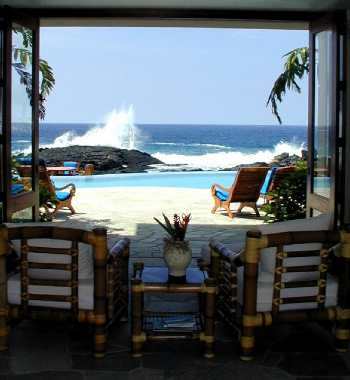 kona-coconut_house-lookingout2