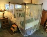 kona-coconut_guest-bedroom