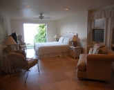 napili-tennis-villa_lower-beadroom-suite
