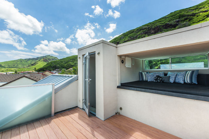 11-villa-luana_observation-lounge-deck